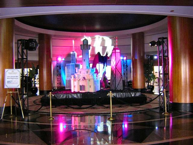 Advance Event Group has prop, theme and casino rentals for events.